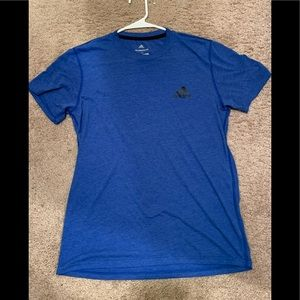 Men's Medium Adidas athletic short sleeve shirt